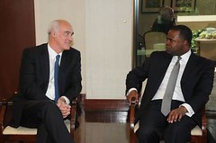 Ambassadors Vale de Almeida and Collins visit Mayor Reed of Atlanta
