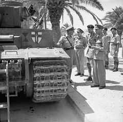 The King inspects a captured German Tiger I tank in Tunis, June 1943.
