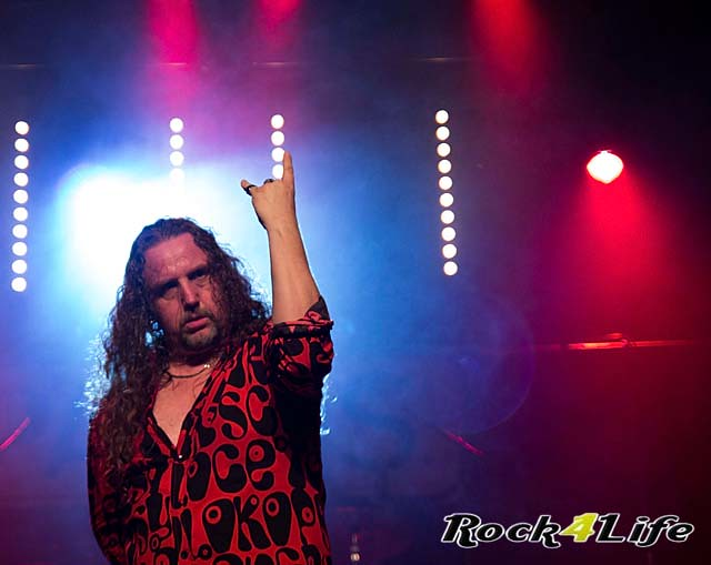 Parris Thin Lizzy Tribute (10)