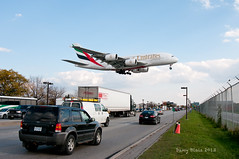 A380-800 (Dany Blais) Tags: sky toronto big airport wings traffic flight large engine cargo landing bleu emirates route ciel german airbus vol takeoff aeroport compagnie gros yyz 380 allemand widebody 705 ailes aerien moteurs 380800 attrrissage cyyz leadingedges