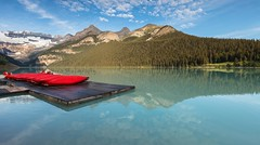 Lake Louise canoes (seryani) Tags: trip summer vacation portrait naturaleza mountain lake holiday canada mountains reflection love nature water rock sunrise reflections landscape rockies lago outdoors nationalpark scenery rocks paradise outdoor retrato amor lac august paisaje canoe amanecer reflect canoes alberta reflejo verano northamerica banff lakelouise montaa rocas goldenhour canoa canad reflejos montaas paraso remo reflects banffnationalpark canoas canadianrockies goldenlight parquenacional cristalino viajedenovios canadianrockymountains norteamrica 2013 canoneos5dmarkii canonef1635f28lii canonef1635 5dmarkii canadarockymountains lagolouise summer2013 verano2013 parquenacionaldebanff