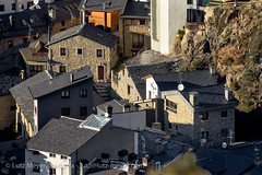 Andorra history: Andorra city (lutzmeyer) Tags: pictures above winter sunset history photography europe december afternoon sonnenuntergang sundown photos pics centre center images historic fotos tele invierno dezember past oben historia andorra antic oldhouses bilder imagen diciembre pyrenees iberia historie pirineos pirineus iberianpeninsula geschichte pyrenen puestadelsol 800mm histori