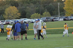 1485 (bubbaonthenet) Tags: 09292016 game stma community 4th grade youth football team 2 5 education tackle 4 blue vs 3 gold