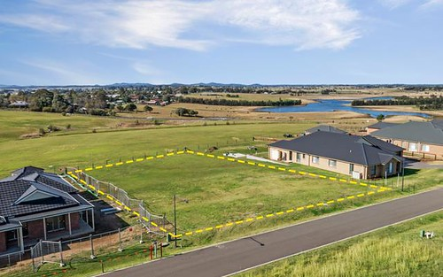 3 Albuera Court, Morpeth NSW 2321