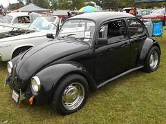1969 Volkswagen Beetle (splattergraphics) Tags: 1969 volkswagen beetle vw volksrod carshow karbkings mobtowngreaseball dundalkmd