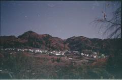 (bensn) Tags: pentax lx fa 31mm f18 limited film fujipro400 japan mountians autumn colors night longexposure dark houses fields