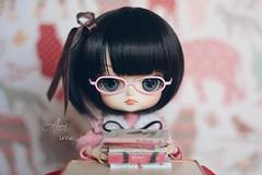 (uve_triple) Tags: noah obitsu crobidoll wig dal sooni 16scaleddoll kotatsu rement diorama scrapbook glasses books handmade doll rewigged
