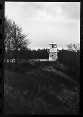 East Usk Lighthouse (--Kei--) Tags: nikon f5 nikonf5 film 35mmfilm analogue ilford delta delta100 80200mm 80200mmf28 afnikkor afnikkor80200mm28 nikon80200mmf28 blackandwhite blackwhite monochrome mono bw newport casnewydd cymru wales southwales wetlands lighthouse kodak d76