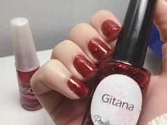 Gabriela Risqué + Gitana Penélope Luz (Gabbie ♥) Tags: red polish vermelho indie nailpolish gabriela risque gitana esmalte smalto penélopeluz indiepolish