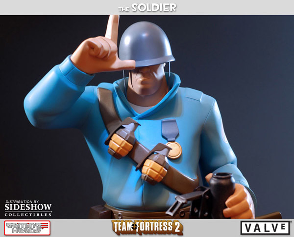"Team Fortress 2 ""The Heavy"" & ""The Soldier"" 雕像"