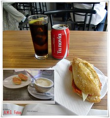 Para coger fuerzas..... (A.M.G.1969) Tags: rojo flickr cocacola amg comidamallorquina fotoscompuestas amg1969
