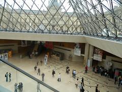LouvrePyramidInside1 (www.rubenholthuijsen.nl) Tags: paris france glass pyramid louvre inside 2013