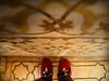 Vestidos de rojo - Red dresses (EXPLORER 23/10/2013) (*atrium09) Tags: red india feet architecture rojo arquitectura bravo shoes dof zapatos explore pies atrium09 rubenseabra