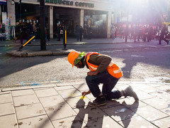 Chalk (cam.martin) Tags: street orange london chalk construction londres