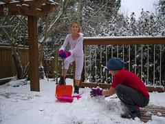 First snow (Sergiy Matusevych) Tags: family winter snow home kids george washington backyard maya ridge redmond wa