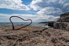 Rusting love (@photobjorn) Tags: love beach water landscape coast rust rocks heart sweden wide wideangle d200 fårö tokina12244 apsc