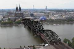 Kln - Hohenzollernbrcke (Bergamask) Tags: canon germany deutschland eos kitlens cologne kln 1855 klnerdom hohenzollernbrcke 600d