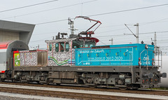 """Mobility shunter"" (westrail) Tags: nikon nikkor d800 dslr f28 digicam digitalkamera afs2470 lens objektiv fotograf photographer andreasberdan omot youmademyday europa europe sterreich austria 1063 1063034 verschublok shunter lokomotive locomotive elok electricloco bb austrianfederalrailways wien vienna matzleinsdorf depot sttzpunkt bmvit mobilittderzukunft 20122020 verschub shunting 10630431 gleis schiene track"