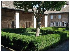 Abbaye Saint-Philibert de Tournus (abac077) Tags: abbaye saintphilibert tournus abbey cloitre closter