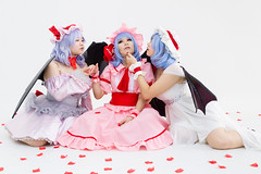 Remilias (bdrc) Tags: remilia scarlet touhou project cosplay portrait girls group studio cupcat natsumi mico ximilu whitedress whitespace rose petals yuri sony a6000 sigma 30mm f28 prime vampire loli wings flash indoor