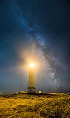Light up the Milkyway (Benjamin_R) Tags: blavand denmark milchstrase milkyway nacht night leuchtturm lighthouse nikon d750 20 20mm 18 f18 f18g