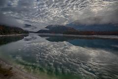 Sylvensteinspeicher (Traveller_40) Tags: ahornboden fog groserahornboden himmel nebel reflektion reflection wolken clouds sky tamron tamron1530 wasser see speicher lake karwendel sylvensteinspeicher sylvenstein stausee