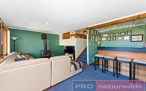 736 Henry Lawson Drive, Picnic Point NSW 2213