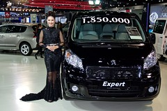 Peugeot Expert with beautiful presenter at the 33rd International Motor Expo at Impact Challenger Hall in Muang Thong Thani, Nonthaburi, Thailand (UweBKK ( 77 on )) Tags: exhibition show convention cars automotive motorbikes 33 33rd international motor expo impact challenger hall muang thong thani nonthaburi thailand sony alpha 77 slt dslr peugeot expert van vehicle presenter model dress fashion beautiful woman girl black