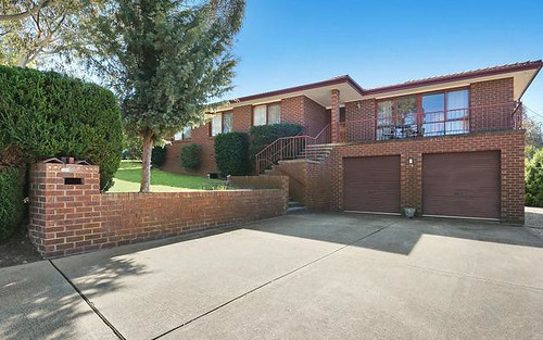 35 Cuthbertson Crescent, Oxley ACT 2903