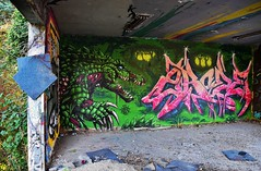 Kirb    2Rode (HBA_JIJO) Tags: streetart urban graffiti art france hbajijo wall mur painting letters peinture lettrage lettring writer monster abandoned spray urbex monstro p19 paris91 monstre