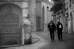 A new day starts_11.01 08h04m ( V ) Tags: burgos burgales castillayleon castilla leon spain espana espagne ispanya spanyolorszag bw blackandwhite blancoynegro monochrome morning pilgrim peregrino pilgrimage peregrinacion elcamino camino caminofrances thefrenchway
