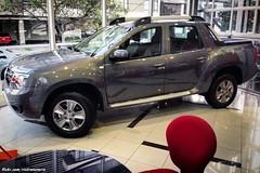 Renault Oroch - Lima, Per (RiveraNotario) Tags: renaultoroch renaultduster per lima cars autos showroom