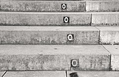 _DSC7320 (adrizufe) Tags: escaleras escalones lightshadows lucesysombras b bilbao bilbainadas bizkaia concret cemento adrizufe adrianzubia aplusphoto urban nikonstunninggallery ngc nikon d7000 steps bw bn blackwhite blancoynegro