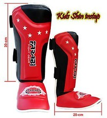 Kids shin pads shin instep Junior muay thai MMA shin pads shin instep leg and foot protector (mmaplanet1800) Tags: foot instep junior kids muay pads protector shin thai