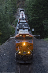 Rolling onto the Canyon Sub (Patrick Dirden) Tags: bnsf3958 et44c4 ge gevo generalelectric diesel locomotive engine rail railroad train freight freighttrain cargo bnsf bnsfrailroad bnsfrailway burlingtonnorthernsantaferailroad burlingtonnorthernsantafe upcanyonsubdivision keddiewye keddie keddieca plumascounty featherrivercanyon frc sierranevada sierra mountains northerncalifornia california