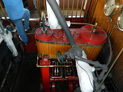Sabino's Engine In Action (subnutty) Tags: piston steamboat mystic steamengine engineroom mysticct mysticseaport sabino reciprocatingengine