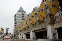 Blaakse Bos - Rotterdam (Ron van Zeeland) Tags: holland architecture rotterdam thenetherlands architectuur kubuswoningen pietblom hetpotlood hetblaaksebos