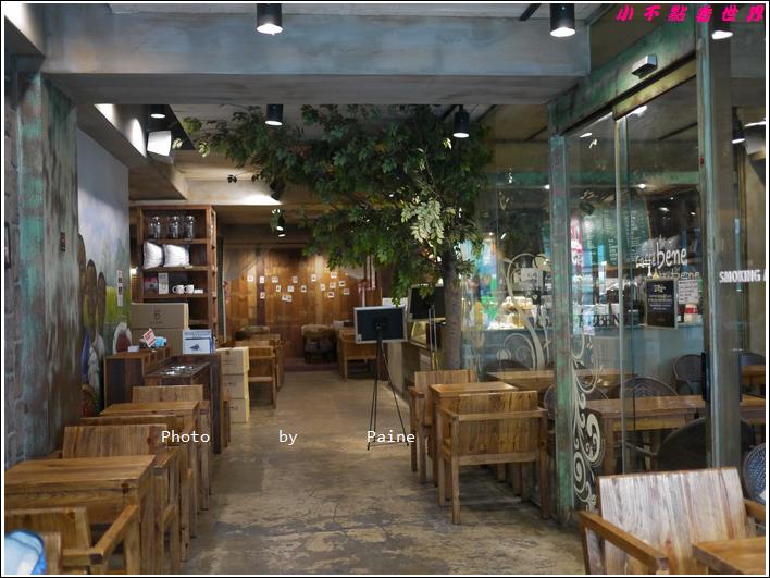 0408弘大 CAFE BENE (2).JPG