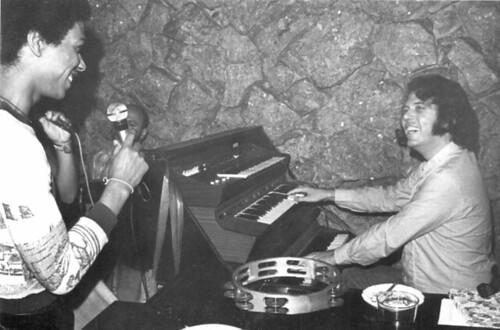 Djavan e Osmar Milito, por M.A. Cavalcanti 1974