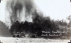 AL231 Davis Album Photo_000151 (San Diego Air & Space Museum Archives) Tags: tank sandiego fteustis panamacanal forteustis armoredwarfare al231 armouredwarfare t1e1 t1cunninghamtank t1cunningham t1e1cunninghamtank t1e1cunningham cunninghamtank
