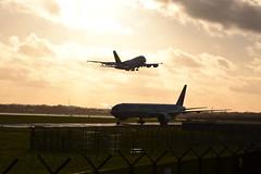 DSC_0037 - Etihad Airways Boeing 777-3FXER (102er) Tags: man plane airplane manchester nikon aircraft aviation aeroplane boeing airways 777 ringway egcc etihad 7773fxer a6etf d3100 ringwayinternational