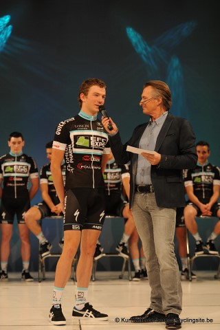 EFC-Omega Pharma-QuickStep Cycling Team   (42) (Small)