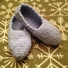 Bernat travel slippers (Blue.Ridge.Girl) Tags: square crochet squareformat crochetslippers bernatyarn iphoneography blueridgegirl instagramapp bernatbabyblanket