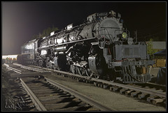 UP 4014 Last Hours in Pomona (K-Szok-Photography) Tags: california night canon nightimages trains steam socal unionpacific 5d nightshots canon5d pomona canondslr bigboy steamlocomotive inlandempire steampowered nightimage trainsatnight intothedarkness up4014 kenszok kszokphotography