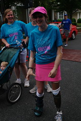 Kristan Finish Line (Philip Osborne Photography) Tags: charity race see nc running run seaford 5k matthews amputee prosthetic kristan pentaxasmc28mmf28