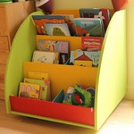 "bibliothèque pour enfant <a style=""margin-left:10px; font-size:0.8em;"" href=""http://www.flickr.com/photos/122771498@N03/14140605970/"" target=""_blank"">@flickr</a>"