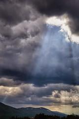 Filefjell, Norway (eirikj) Tags: light sky mountain norway canon rays 6d filefjell vang oppland