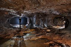 Piliers, hagues et calcite (flallier) Tags: mine fer iron ore mining underground souterrain pilierstourns silhouette pilier hague eau water concrtions calcite colliery