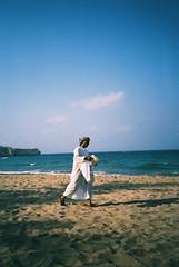 Muscat (cranjam) Tags: lomo lca lomography film slide xpro kodak elitechrome100 sultanateofoman oman middleeast shangrilabarraljissah shangrila hotel beach spiaggia mare sea gulfofoman