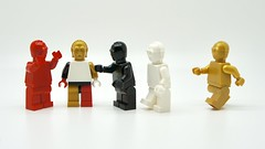 LEGO minifigs of C-3PO (Pasq67) Tags: lego minifigs minifig minifigure minifigures monochrome afol toy toys flickr legography pasq67 starwars c3po white red black pearl gold